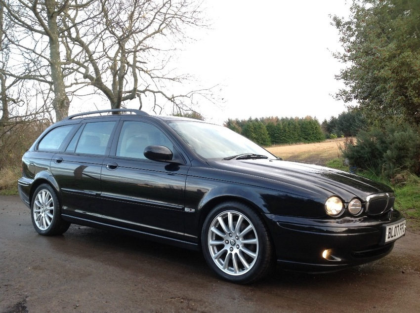View JAGUAR X-TYPE 2.5ltr V6 AWD ESTATE