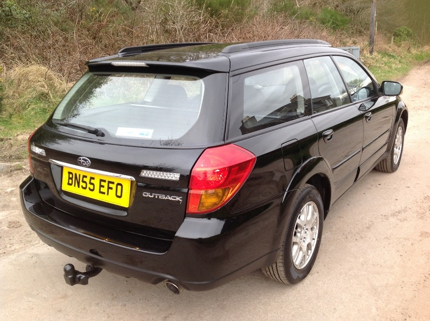 View SUBARU OUTBACK 2.5ltr AUTO AWD ESTATE