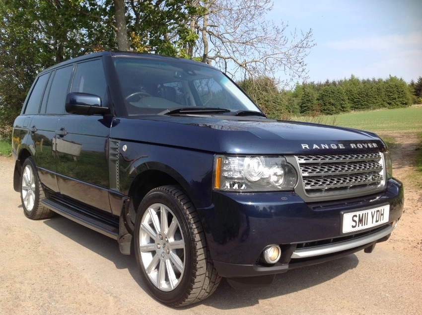 View LAND ROVER RANGE ROVER TDV8 4.4 VOGUE