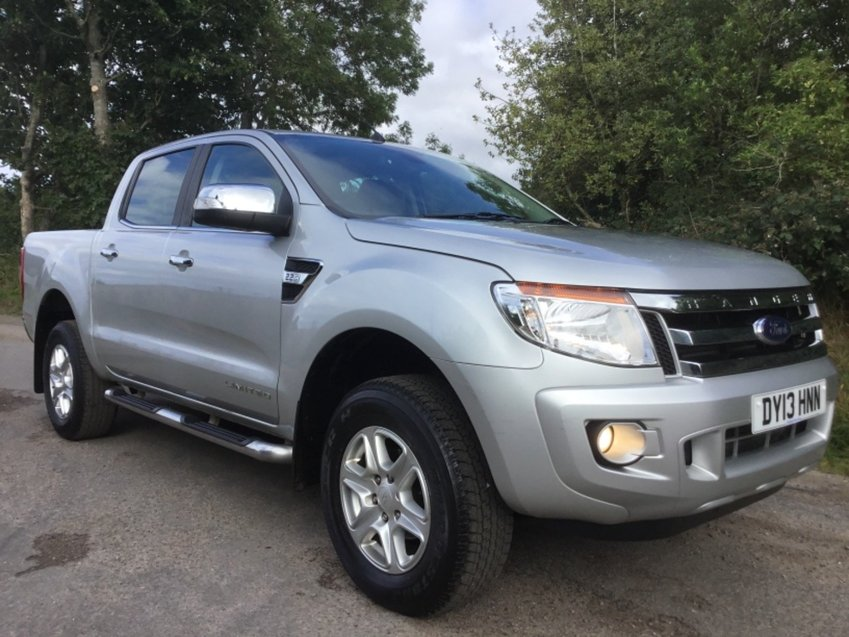 View FORD RANGER 2.2 TDCI LIMITED DOUBLE CAB 4X4 PICK UP