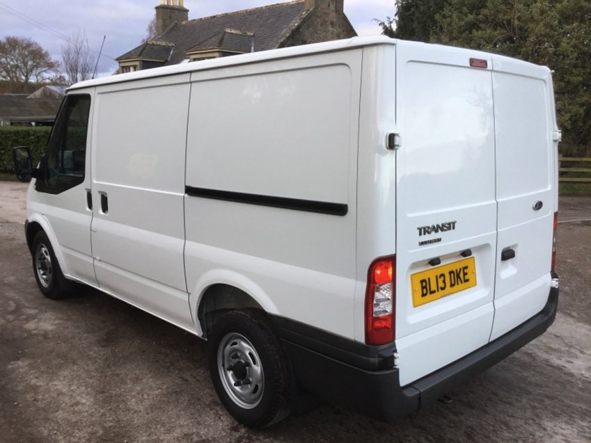 View FORD TRANSIT 2.2 TDCi 100ps SWB T280 VAN