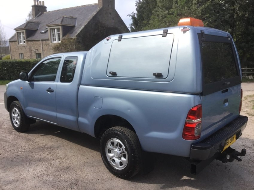View TOYOTA HILUX 2.5ltr D-4D HL2 EXTRA CAB 4x4 PICK UP 144ps