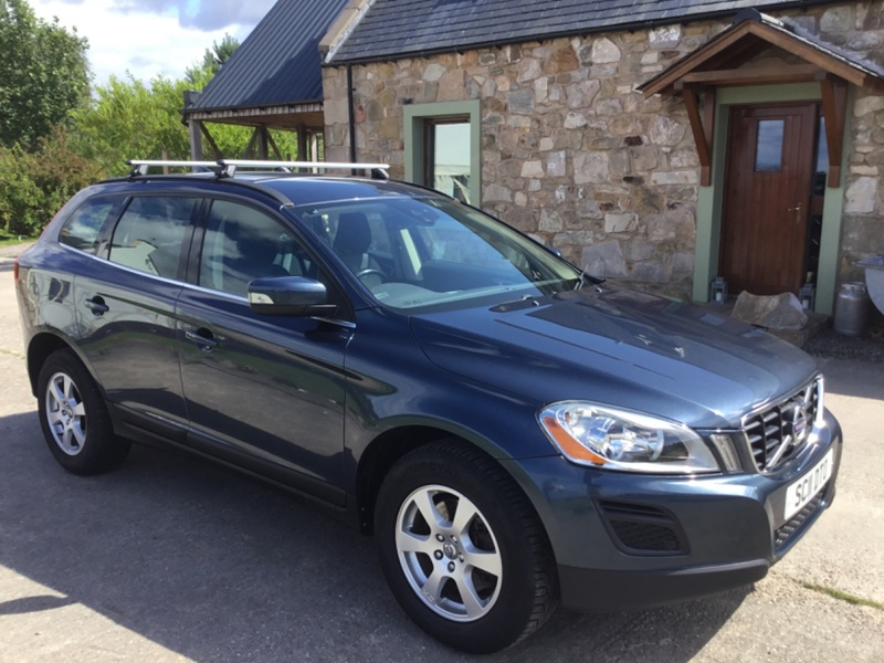 VOLVO XC60 SE 2.4ltr D5 AWD ESTATE 215ps