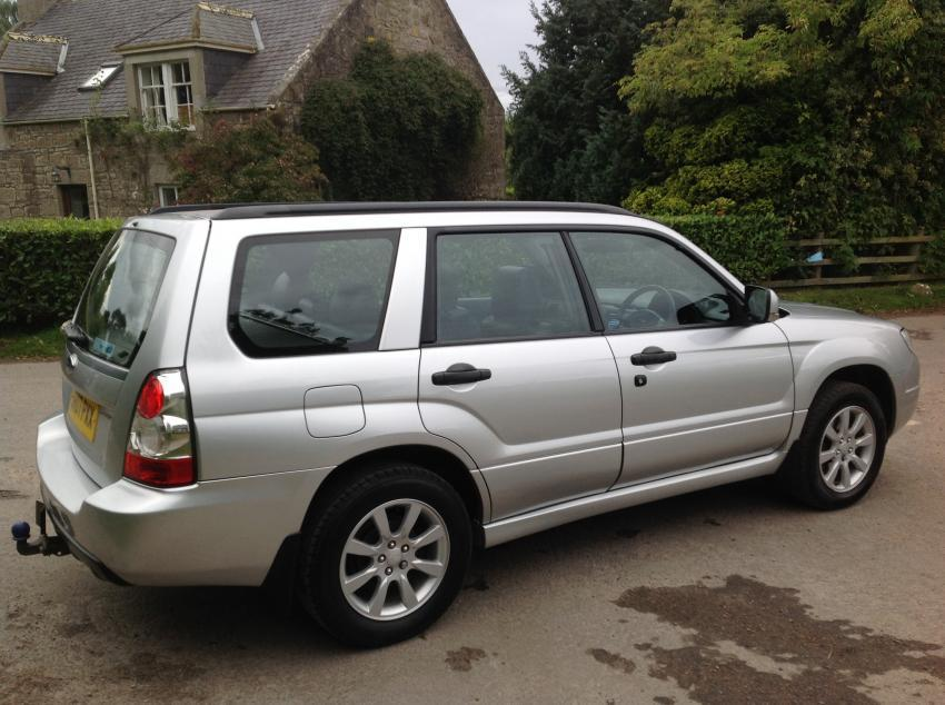 View SUBARU FORESTER 2.0 XE AWD ESTATE