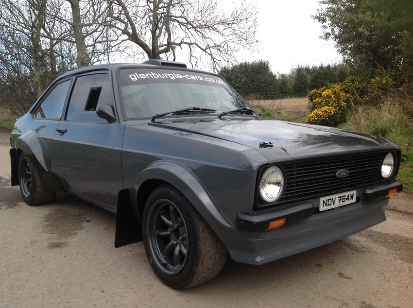 View FORD ESCORT MK2 2.4 MILLINGTON-TRACTIVE DEN MOTORSPORT